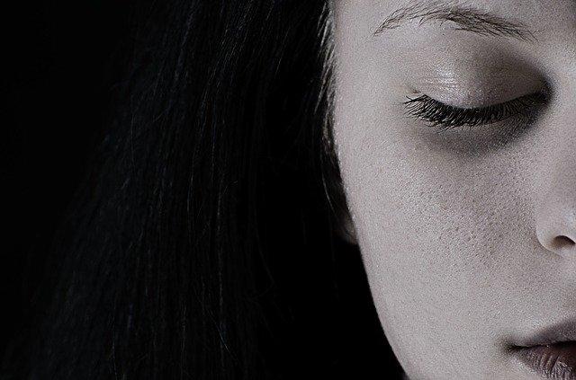 tvár ženy.jpg