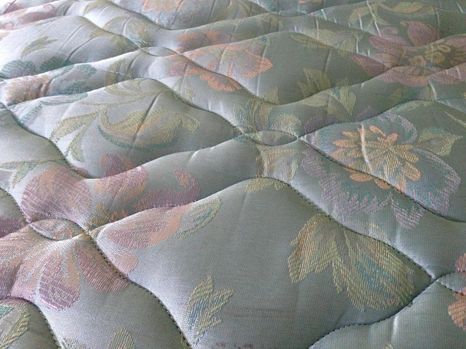 posteľ. bielizeň, matrac
